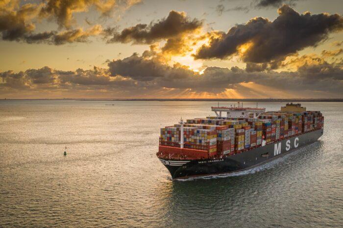 Десять крупнейших контейнерных линий контролируют 85% рынка