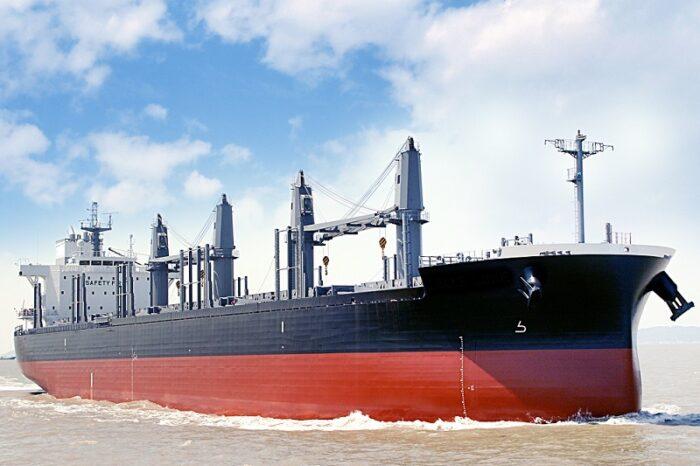 Tsuneishi Shipbuilding представила новый балкер дедвейтом более 42 тыс. тонн