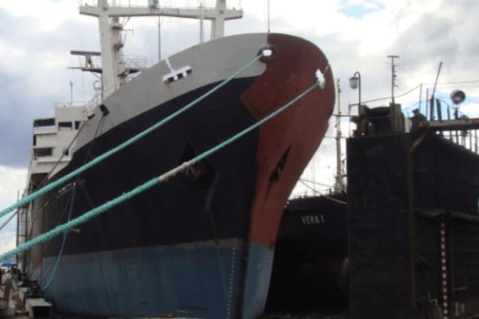 Стало известно, кто купит на слом судно «Святая Ольга»