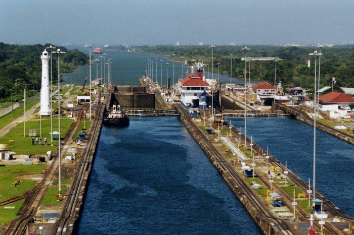 Администрация Панамского канала ищет инвестиции в систему шлюзов