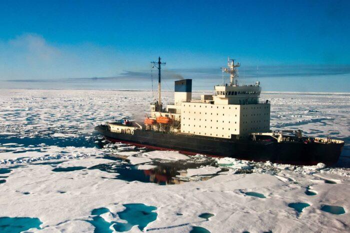IMO запретила использование и транспортировку мазута в арктических водах