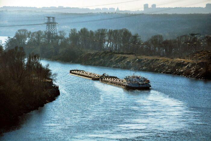 С начала года Днепром перевезли 4,5 млн тонн грузов
