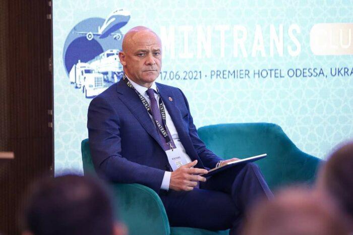 Глава Одессы предложил направлять 50% портовых сборов в местные бюджеты