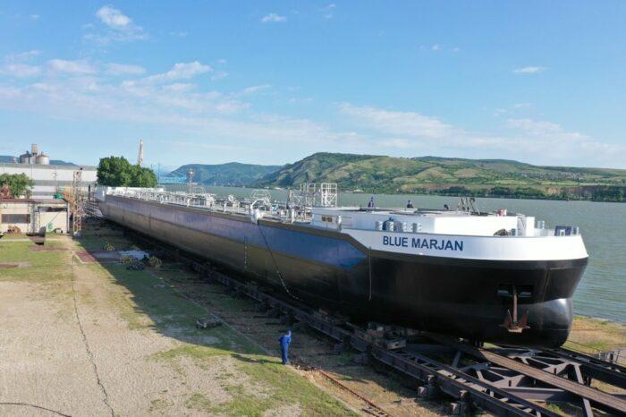 Первый из 40 танкеров Parsifal спустили на воду