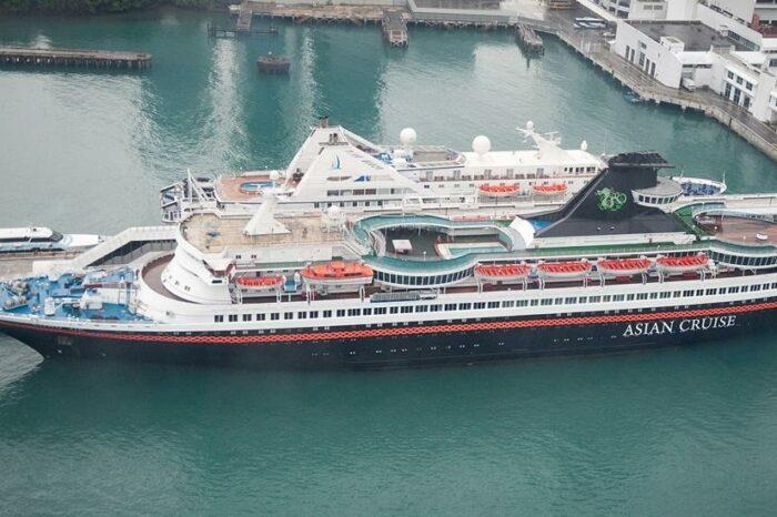 Крюинговые агентства набирают экипаж на брошенное судно