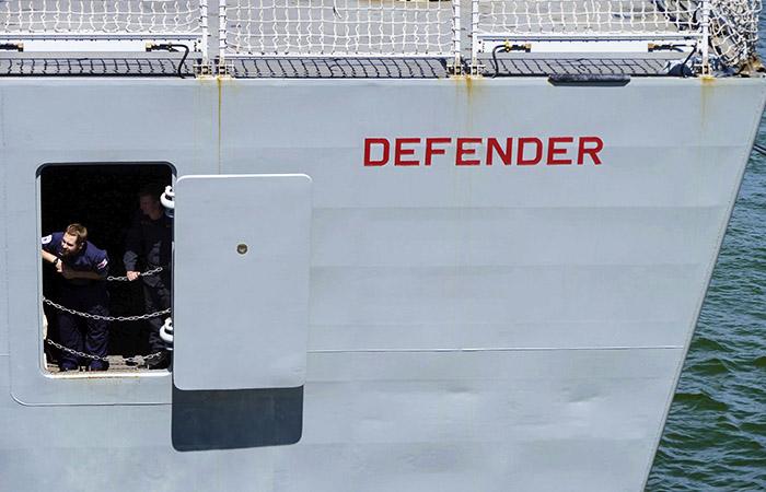 Российские военные открыли огонь по британскому эсминцу в Черном море, – СМИ