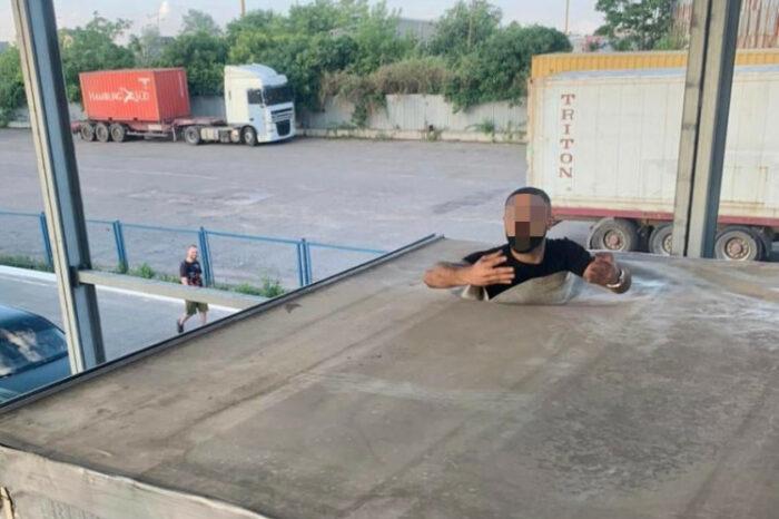 В порту Черноморск обнаружили нелегала из Турции
