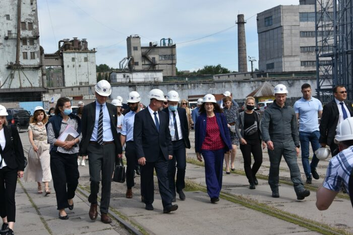 OSCE representatives discussed shipping safety in Mariupol port