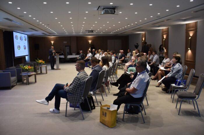 На конференции «Дни моряка в Одессе» обсуждают коррупцию на море