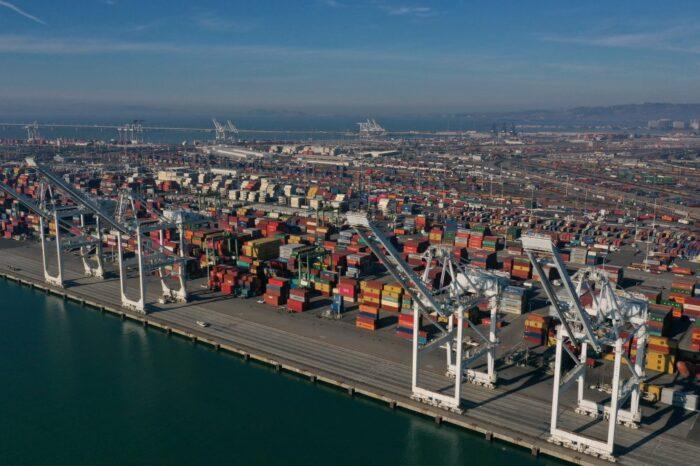 США запретят импорт кремния из Китая из-за нарушения прав человека