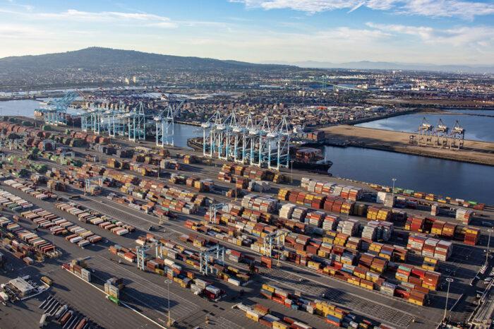 В США усилят киберзащиту портов