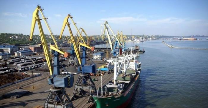В Мариупольском порту начали переваливать ячмень нового урожая