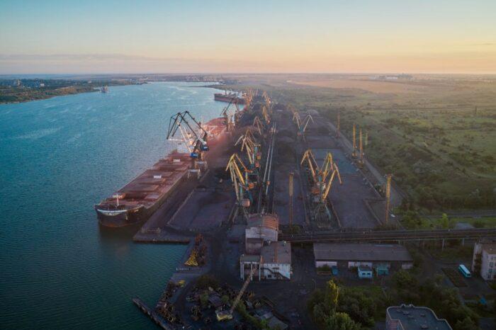 Через украинские порты за полгода перевалили более 60 млн тонн грузов