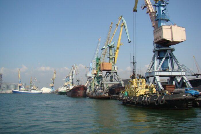 «Аскет Шиппинг» в Бердянске загрузил последнее судно в 2020/2021 МГ