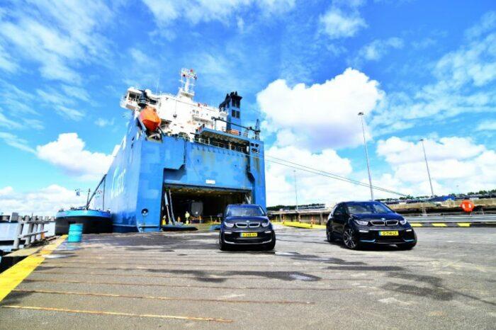 BMW будут доставлять свои авто только на экологичных судах