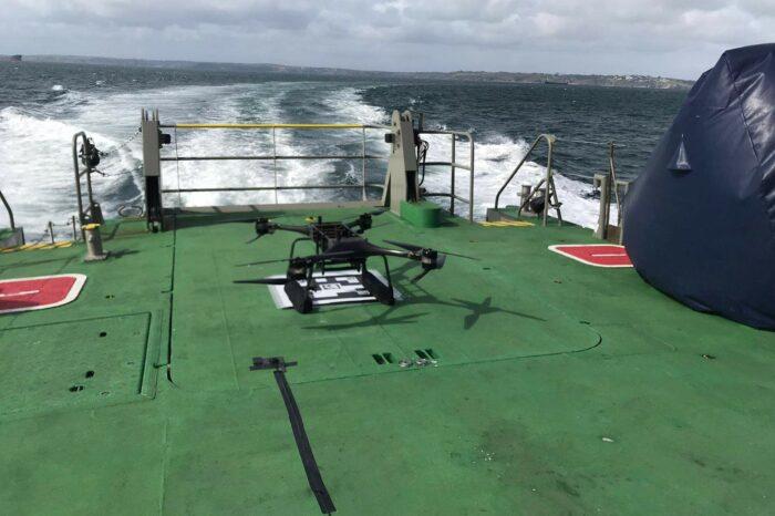 В Британии испытывают беспилотники для спасения моряков