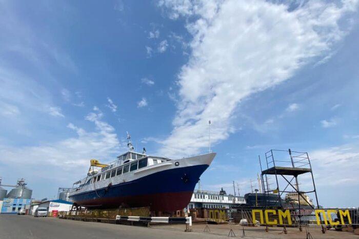 В Одесском порту завершили ремонт пассажирского катера