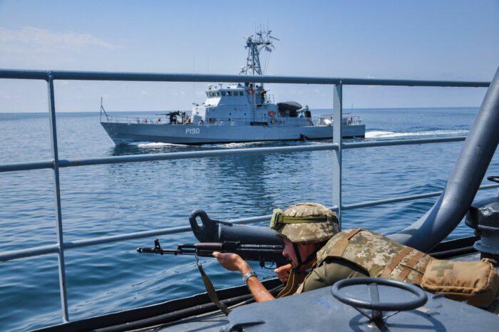 ВМС Украины уже в порту Поти