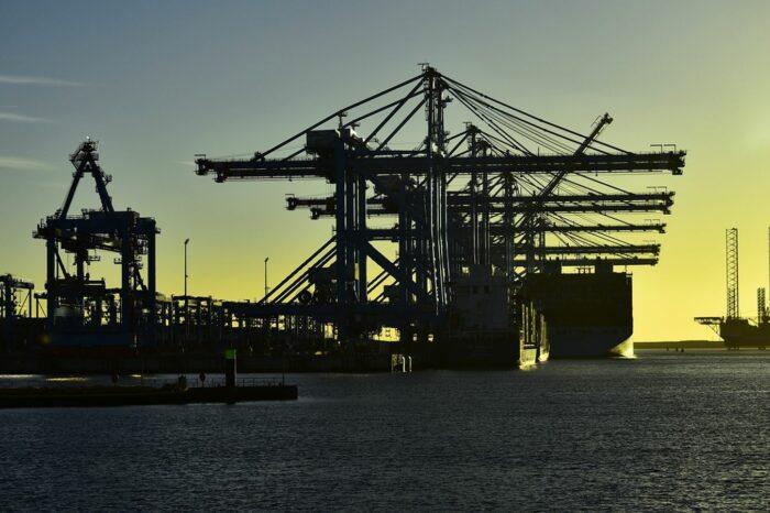 В порту Роттердам устанавливают швартовные палы, изготовленные 3D печатью