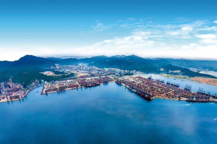 В порту Янтьян построят еще один контейнерный терминал