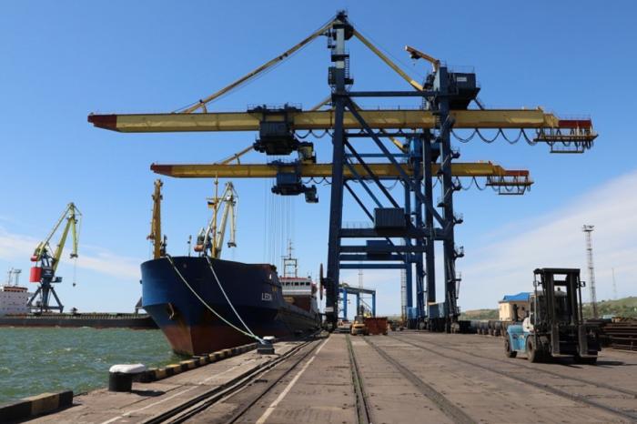 В Мариупольском порту реконструируют ж/д пути