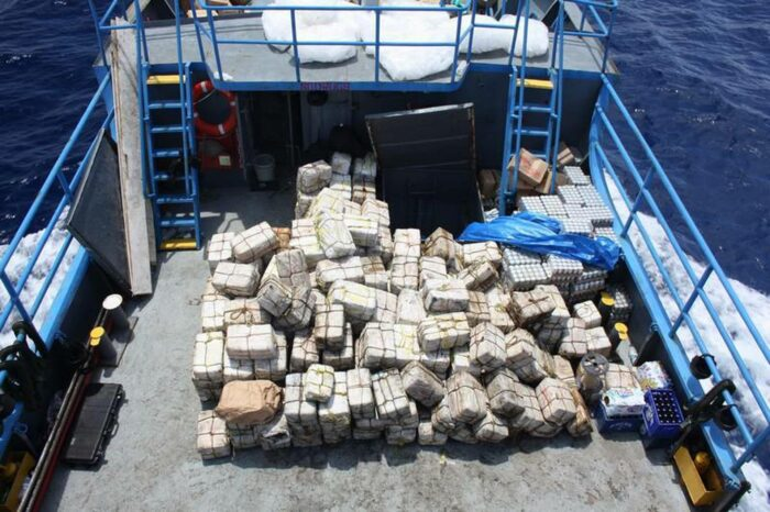 Контрабанда и судоходство: кокаин, спортсмены и миллионы долларов США