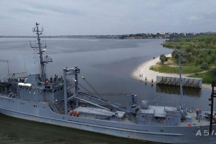 Два украинских корабля зашли на Николаевский СРЗ