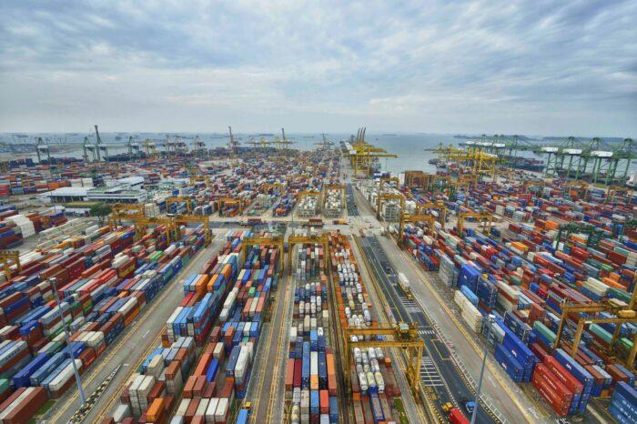 Порты Китая за полгода перевалили более 7 млрд тонн грузов