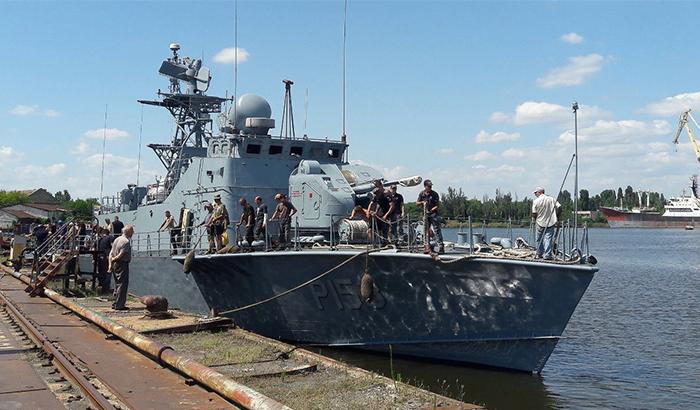 Два корабля Военно-морских сил Украины спустили на воду после ремонта