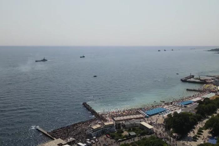 Парад кораблей в честь Дня независимости Украины (ФОТО, ВИДЕО)