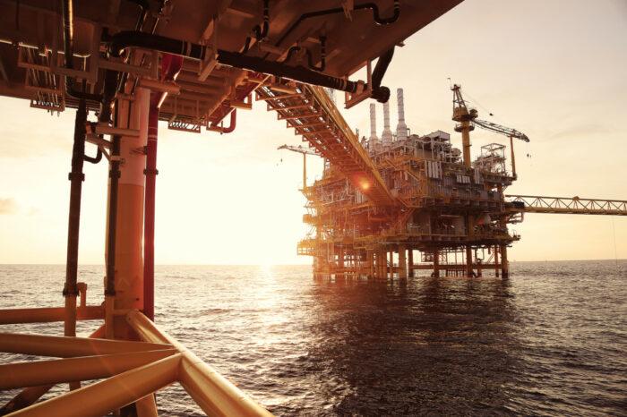Украине необходимы $20 млрд инвестиций для развития добычи газа в Черном море