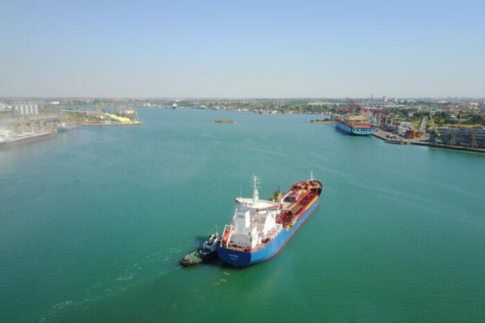 В порту Черноморска возобновили электроснабжение