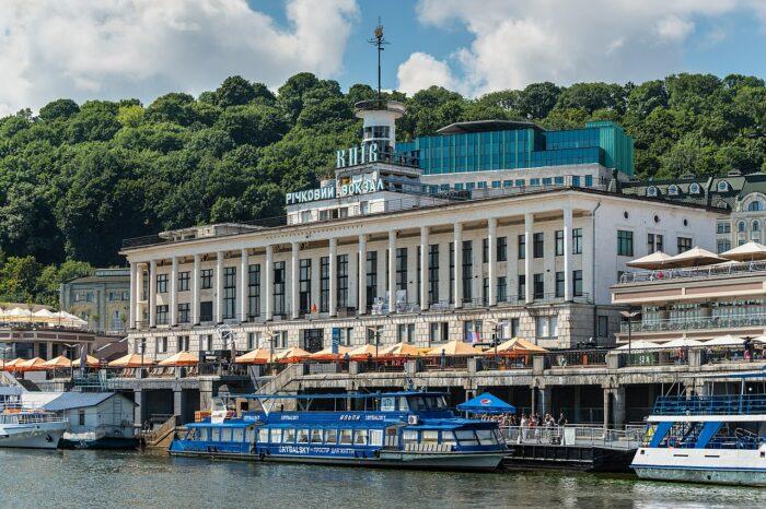Речной вокзал Киева передали в аренду американскому университету