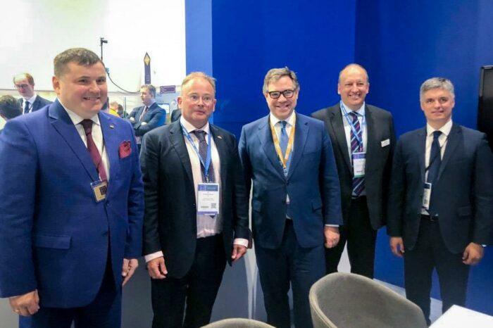 «Укроборонпром» и Babcock подписали соглашение о развитии ВМС Украины
