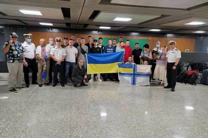 Украинские моряки вновь проходят обучение на катере Island в США