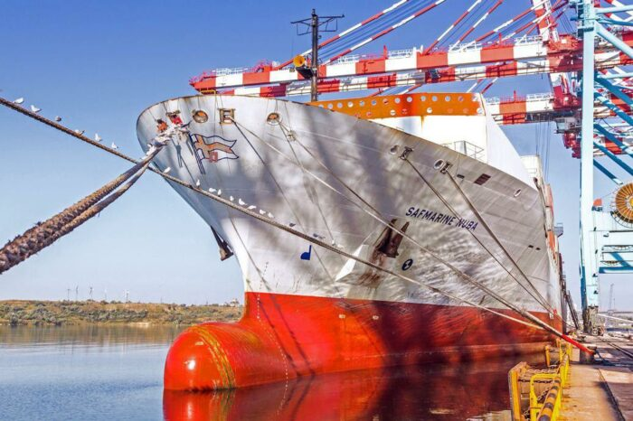 Сервис Maersk связал порт Пивденный и Порт-Саид