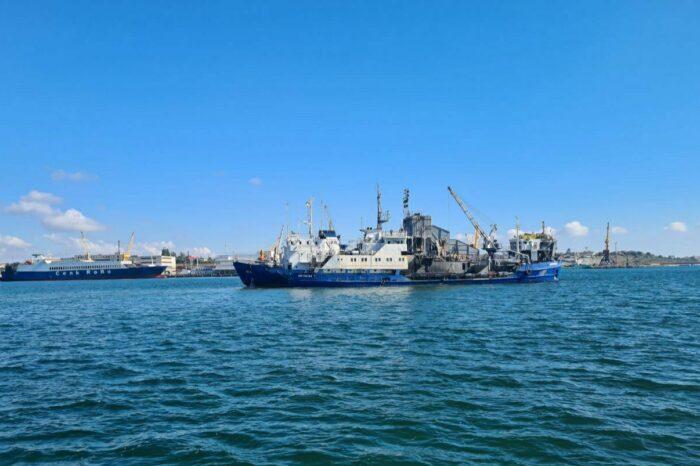 В порту Черноморск начались работы по дноуглублению