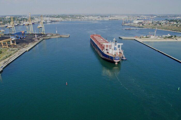 ЧП в порту Черноморска: пострадал работник