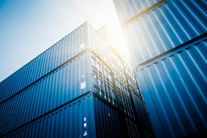 В Китае продлевают рабочие смены на производствах контейнеров