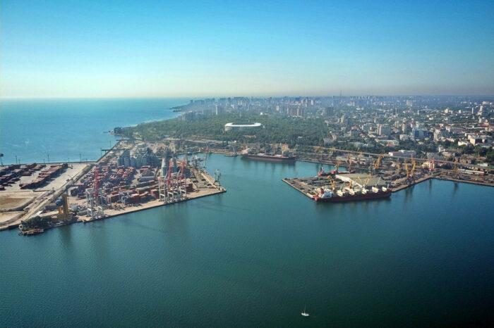 АМПУ объявила повторный тендер на строительство волнолома в Одесском порту