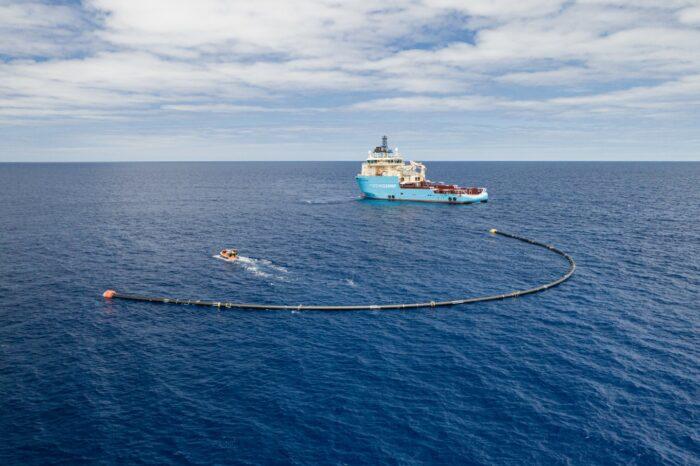 Плавучая платформа The Ocean Cleanup завершила свой первый рейс