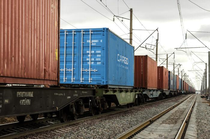 В Киев впервые отправили контейнерный поезд из китайского Чунцина