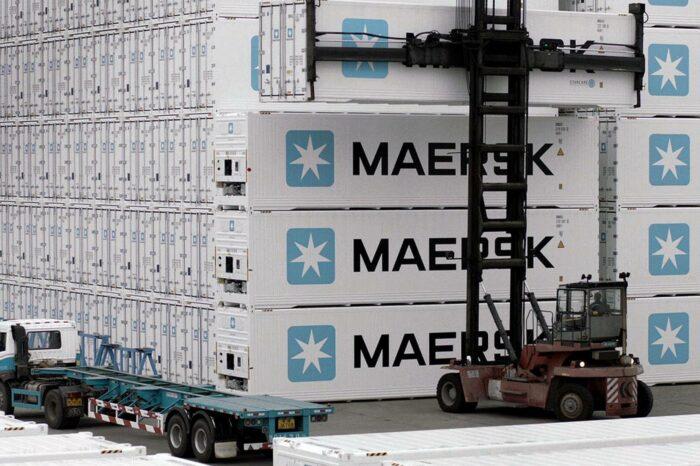 Maersk продает производство рефконтейнеров почти за $1 млрд
