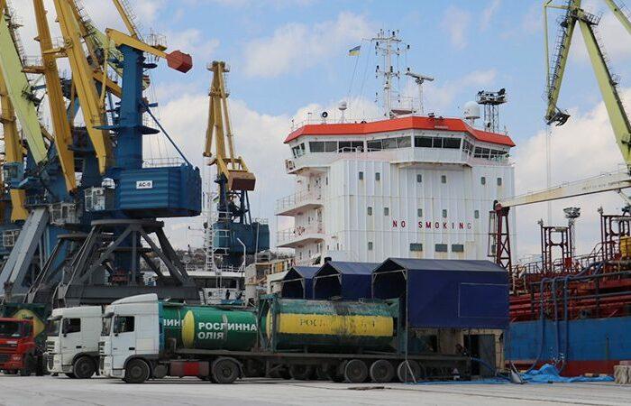 Украина экспортировала более 1 млн тонн масла в Китай