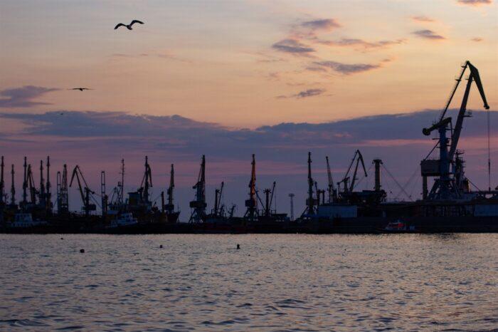Бердянский порт выплатил долги по зарплате