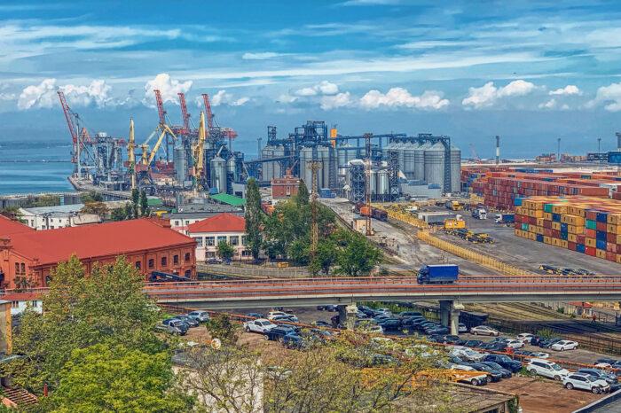 Началось строительство эстакады на новой дороге в Одесский порт
