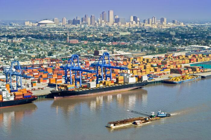 Порт Нового Орлеана возобновил работу после урагана «Ида»
