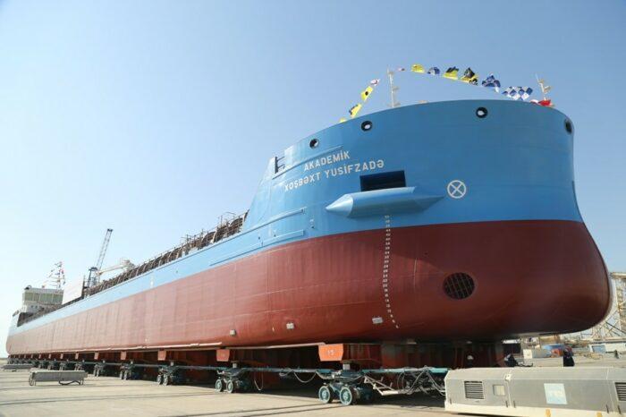 В Баку спустили на воду танкер, разработанный совместно с Одесским МИБ (ФОТО)