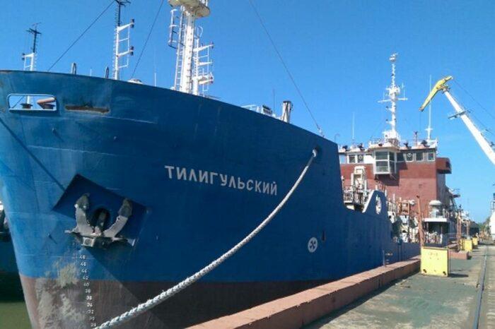 АМПУ хочет отремонтировать землесос «Тилигульский» за 67 млн грн