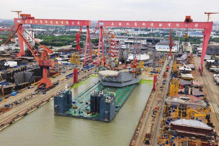 В Китае завершают строительство первого круизного лайнера собственного производства